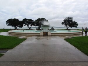 Mission Bay fountain 300x225 Mission Bay   walking in the rain