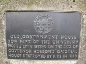 Old Government House plaque 300x225 Britomart to Auckland Museum Loop