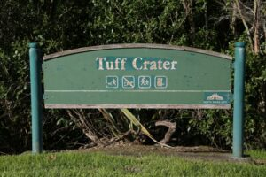 Tuff Crater - dogs on leash only